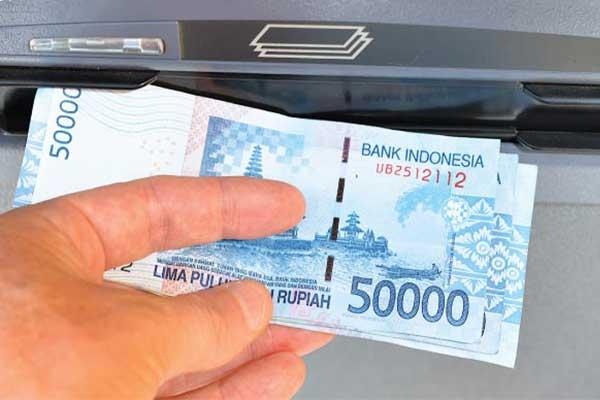 Cara Mengambil Uang di ATM BNI Mudah Aman