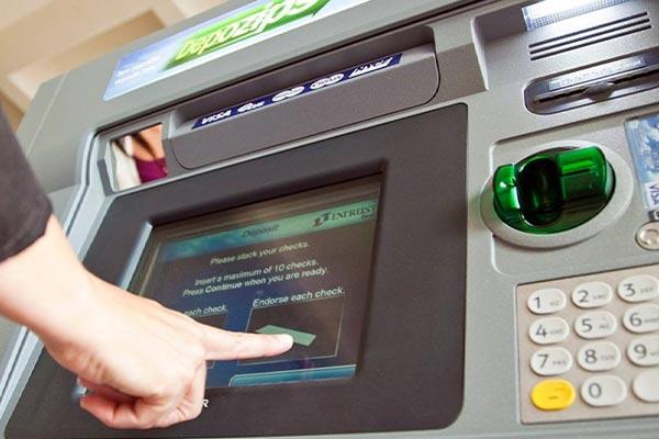 Keuntungan Menggunakan Kartu ATM
