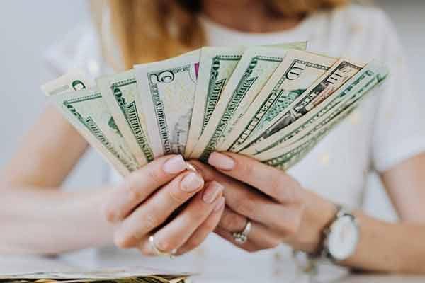 Rekomendasi Tabungan Dollar Terbaik Tanpa Biaya Admin Setoran Awal