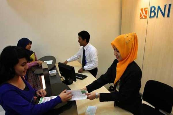 Melalui Kantor Cabang Bank BNI