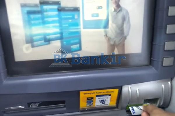 Kunjungi ATM Mandiri